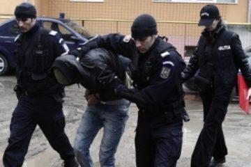 O persoană a murit în urma unei altercații, între chinezi și est europeni, la Barcelona. Un nemțean, implicat, a fost prins la Bacău