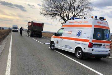 Accident mortal, astăzi, în Neamț: un bărbat s-a aruncat în fața autoutilitarei