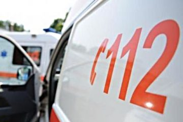 Intervenții Ambulanță: bătrân de 77 de ani, căzut în beci, la Simionești și accidente rutiere la Tarcău și Gâdinți