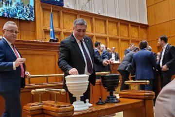 """Senator Dan Manoliu: """"Am reușit să dăm jos un guvern habarnist și periculos pentru stabilitatea și bunăstarea românilor"""""""