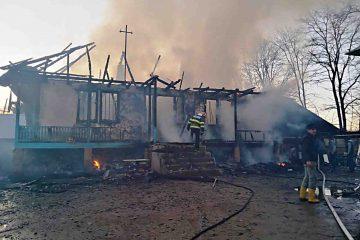 Tragedie, în Neamț: un tânăr a murit în incendiul produs la o gospodărie