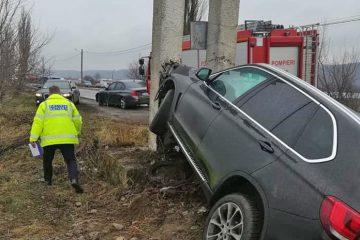 Astăzi, în Neamț: accident rutier cu victime – șoferul a adormit la volan