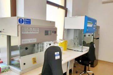 Analizor Real Time PCR pentru teste, pe loc, de depistare a infecției cu COVID-19, la Spitalul Roman