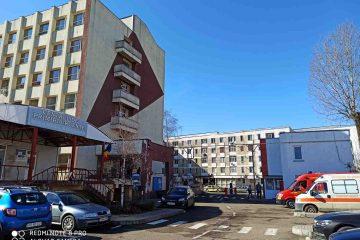 """Conducerea Spitalului Roman: """"Vă aducem la cunoștință realitatea din cadrul Spitalului Municipal de Urgență Roman"""""""