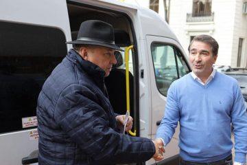 """Ionel Arsene: """"FAPTE, NU VORBE! Unități  de învățământ din județ au microbuze noi!"""""""