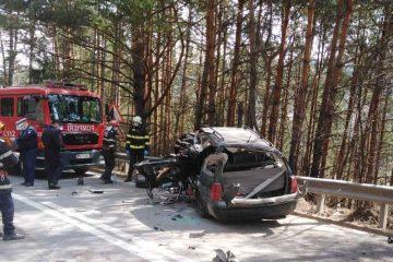 Astăzi, în Neamț: accident rutier produs între un autoturism și o autobasculantă