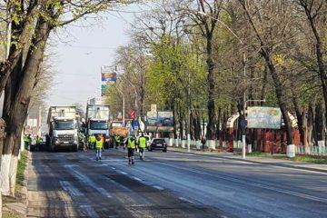 """Lucian Micu: """"Ne ținem de promisiuni! Până la finele săptămânii viitoare se încheie asfaltarea centrului municipiului Roman"""""""