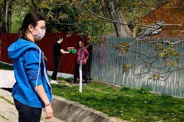 De Ziua Națională a Tineretului, voluntarii ATOR Roman au fost alături de cei mai puțin norocoși dintre noi