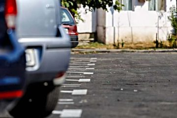 Primăria Roman organizează licitație pentru locurile de parcare de reședință recent amenajate