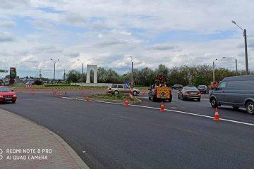 Modificări în circulația rutieră din Roman: marcaje cu linii duble continue pe E85, segmentul din municipiu