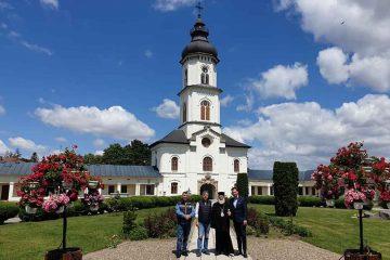 Prefectul de Neamț a solicitat încă din 5 mai deschiderea bisericilor. Astăzi a primit binecuvântarea de la IPS Ioachim
