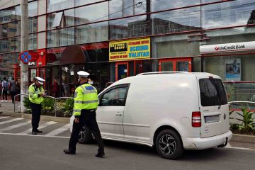 La Roman: amenzi pentru prostituție, gesturi obscene în public, parcare interzisă și fără a achita taxa