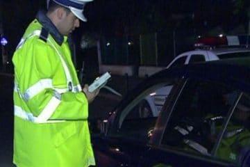 S-a urcat la volan cu peste 1,40 mg/l alcool pur în aerul expirat. Polițiștii l-au oprit la timp