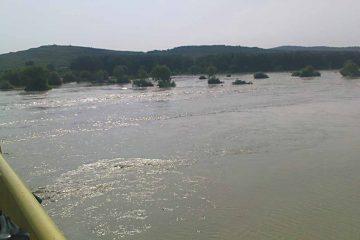 Alertă! COD ROȘU de inundații pe râurile Moldova și Bistrița