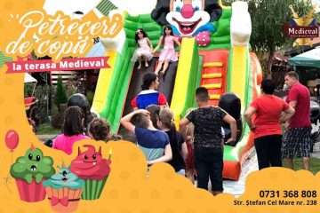Terasa MEDIEVAL Roman este pregătită special pentru organizarea de petreceri pentru copii