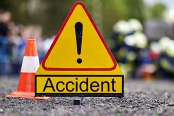Accident rutier în afara localității Săbăoani, pe DN 2. O femeie, din Roman, a fost transportată la spital