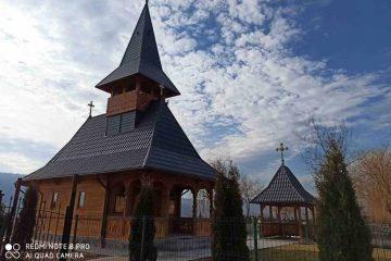 """A fost sfințită biserica de la Complexul turistic CONDOR RESORT, cu hramul  """"Sfântul Ierarh Alexandru"""""""