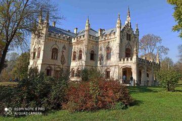 Castelul Miclăușeni îmbracă haine de basm și devine loc de joacă, de povești și de amintiri pentru cei mici