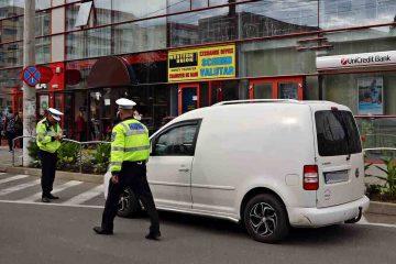 La Roman: amenzi pentru prostituție, taxi fără documente legale și scandal