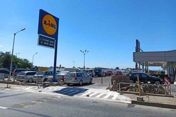 Atenție! Modificări în circulația rutieră în cartierul Favorit – accesul în parcarea LIDL va fi schimbat