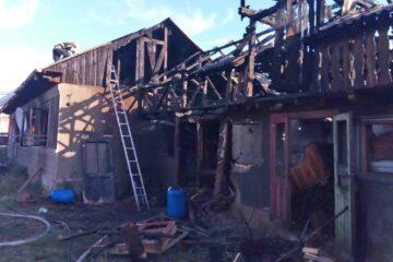 Incendiu, astăzi, în Neamț; în interiorul locuinței a fost găsită o persoană decedată