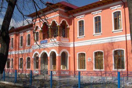 """Concursuri de angajare la Colegiul Tehnic """"Petru Poni"""" Roman și Liceul Teoretic """"Vasile Alecsandri"""" Săbăoani"""
