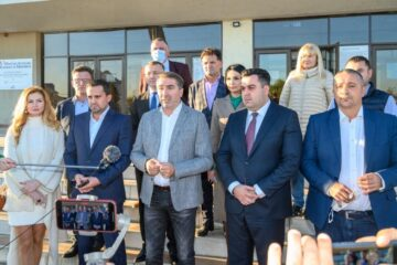 """PSD Neamț a depus candidaturile. """"O echipă puternică, închegată, care ne va reprezenta cu cinste în Parlamentul României"""""""