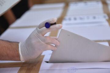 Astăzi, un nemțean a încercat să voteze de două ori în Germania. A fost întocmit dosar penal