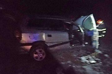 Neamț: o victimă în urma unui accident rutier – mașina a intrat într-un șanț
