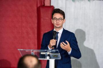 """Iulian Bulai: """"Dacă Eminescu ar fi trăit astăzi, ar fi eliminat pensiile speciale, ar fi desființat inspectoratele școlare…"""""""