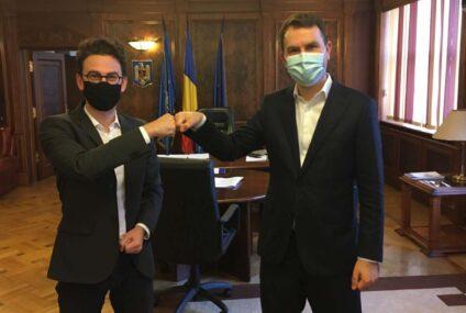 Iulian Bulai a discutat multe cu ministrul Transporturilor, mai puțin despre trecerea la nivel cu calea ferată, de la Roman