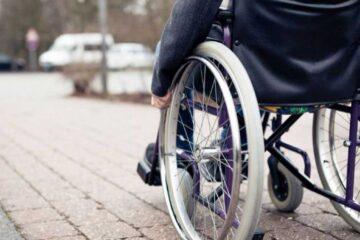 Neamț: Facilități pentru persoanele cu dizabilități – decontarea carburantului pentru deplasările cu mașina
