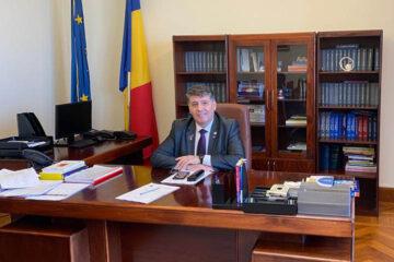 """Laurențiu Leoreanu: """"Avem două provocări majore: campania de fake-news și neîncrederea românilor că putem gestiona procesul de vaccinare"""""""