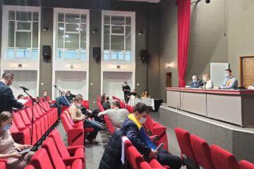 La Roman, cresc unele impozite și taxe locale, pentru persoanele fizice și juridice, pentru 2021 – dezbatere publică