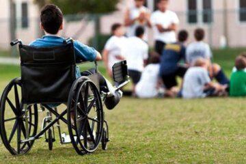 Servicii gratuite de recuperare și consiliere pentru copiii cu dizabilități din Roman și localitățile limitrofe