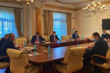 Primarul Leonard Achiriloaei a avut o întâlnire cu ministrul Mediului, Apelor și Pădurilor