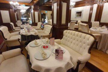 Restaurantul Excelsior Roman vă așteaptă în fiecare weekend să serviți specialități românești și internaționale
