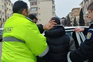 A furat telefoane mobile în anii 2017 – 2018 și a fost băgat după gratii, de polițiștii din Roman, zilele trecute