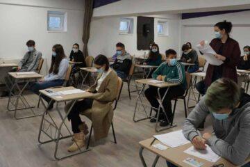 Testare gratuită Cambridge English, la Roman – Examene Cambridge English B2 First for Schools(FCE) și C1 Advanced (CAE)