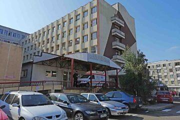 Câștigul mediu brut la Spitalul Roman, în luna iunie 2021: un medic – 19.003 lei, un asistent – 7.733 lei