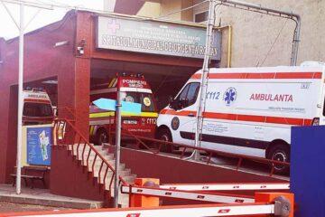 Mai mulți medici specialiști au început activitatea la Spitalul Roman