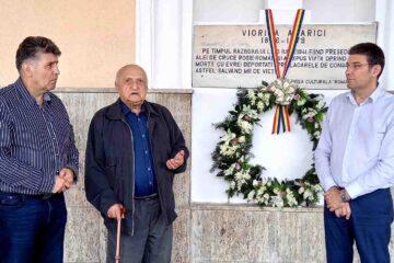 Comemorare Viorica Agarici la monumentul din Gara Roman
