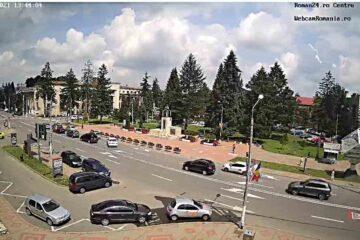 Pentru romașcanii de aici și de peste hotare, imagini în direct din centrul municipiului – Piața Roman Vodă